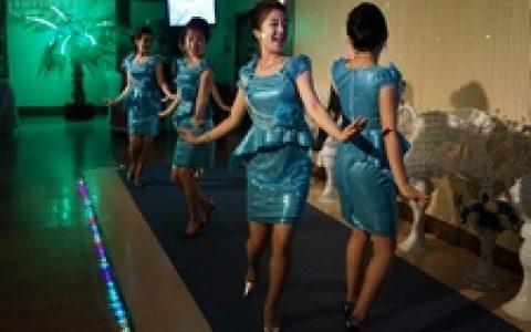 一日看尽平壤城 带你了解朝鲜人民的衣食住行娱